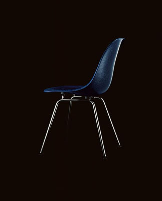 Vitra Eames Fiberglass Chair Navy Blue