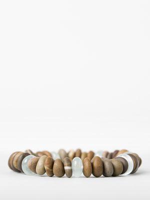 Flusssteine aus der Thur, ergänzt mit Aquamarin: «Strandgefühle»