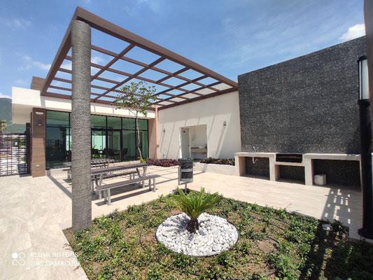 Brianzzas Residencial, sector Sirente, asador