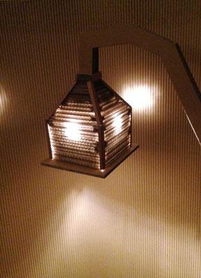 """""""Le Lampadaire"""". Ampoule LED raccordement sur secteur (220V)."""