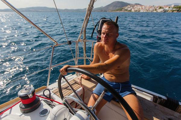Erlebnisurlaub auf dem Katamaran für junge Gäste