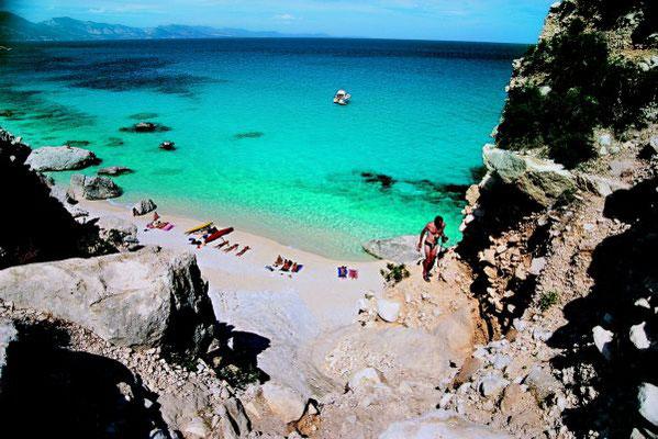 Segeln Lavezzi Inseln, Maddalena Archipel, Süd-Korsika