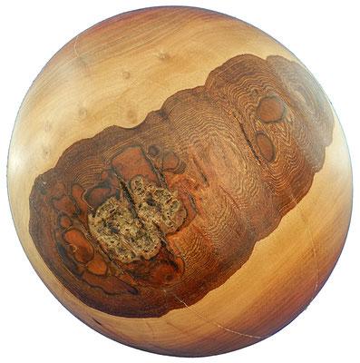 Kugel 3: Nußbaum  Ø: 230mm, 4,7 Kg