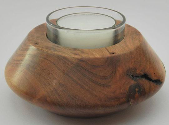 Teelicht 3: Kirschbaum mit Glaseinsatz für Teelicht  Ø: 105mm, H: 40mm