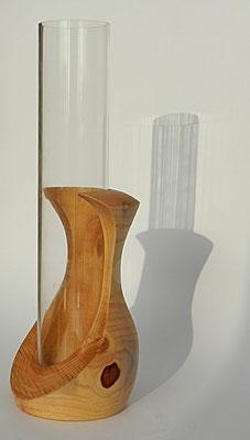 Vase 3: Zederholz mit Acrylglaseinsatz  Ø: 95mm, H: 160mm (mit Rohr: 270mm)
