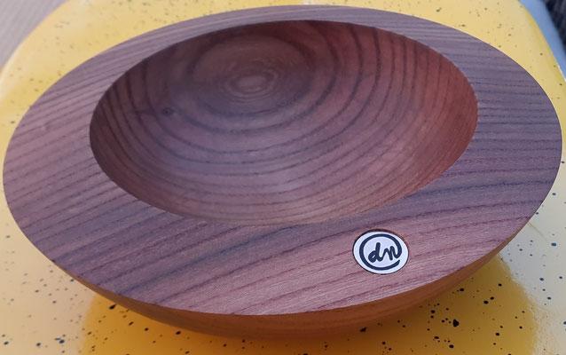 Schale 36:  Ø: 195 mm, H: 60 mm, Wandstärke: 30 mm