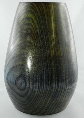 Vase 8: Esche, Ø85-150 mm, H: 200 mm, Wandstärke: 5,5 mm
