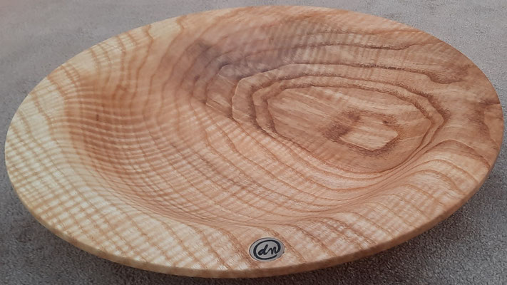Schale 35: Kern-Olivesche, Ø: 300 mm, H: 50 mm, Wandstärke: 6 mm