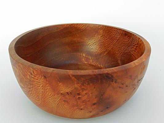 Schale 6: Platane Maserholz  Ø: 116 mm, H: 50 mm, Wandstärke: 4,5 mm