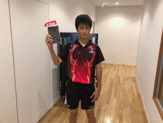ジュニア男子・順位トーナメント優勝の萩原選手