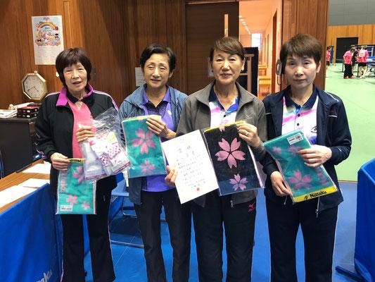 女子3位入賞:卓蘭