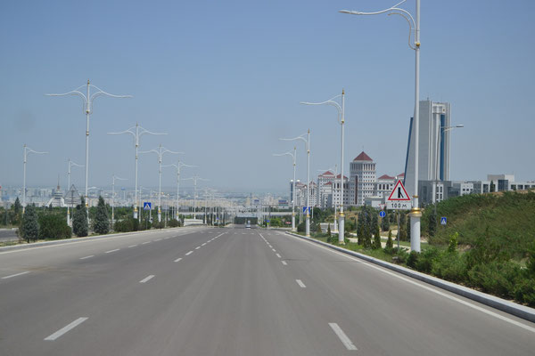 Geisterstadt-Atmosphäre in Ashgabat