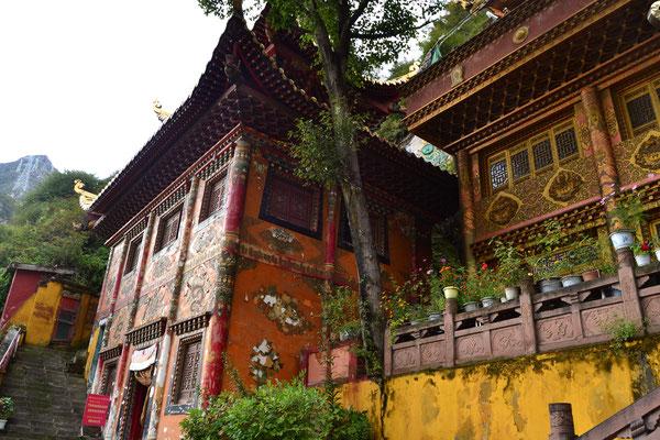 Hübsches Kloster in Kangding