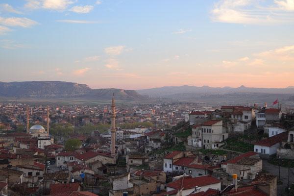 Blick von der Dachterasse auf Avanos (Kappadokien)