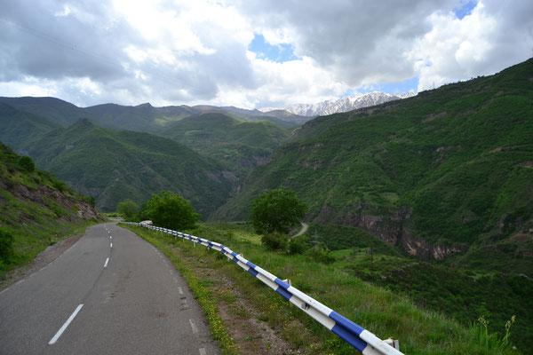 Auf dem Weg zur iranischen Grenze