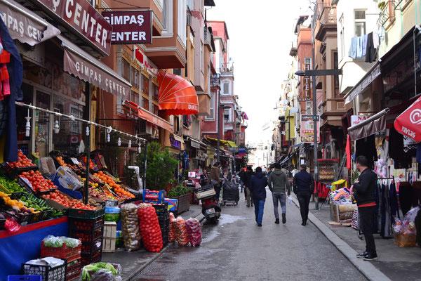 Marktstraße in Istanbul