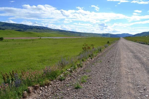 Kirgistian zeigt sich, wie erhofft, im saftigen Grün