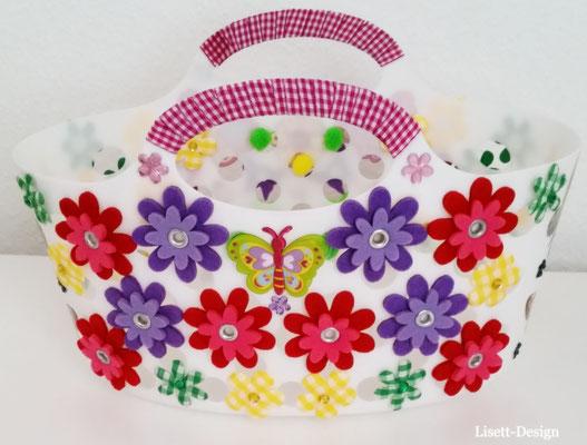 1. Plastik-Korb mit (Stoff, Plastik Motiven für Mädchen/ Vorderseite/ 7,90 €