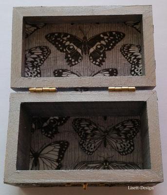 5. Holz box mit Schmetterlinge 2,90 € (***)