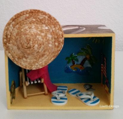8. Kleine Holz-Box/ Strand 4,90 €