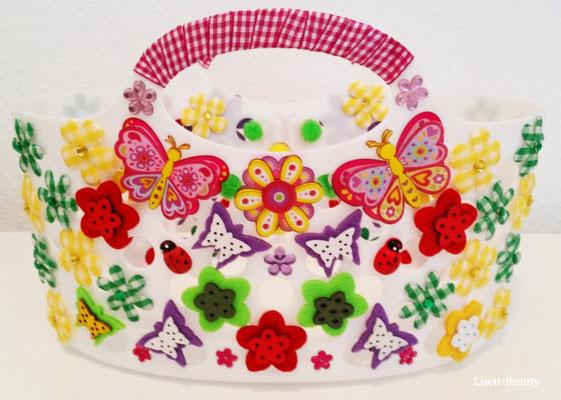 Korb/ mit Schmetterling und Blumen/ Rückseite