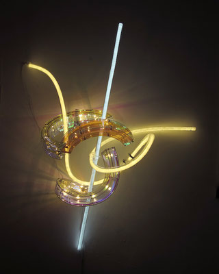 Susanne Rottenbacher Harlequino, variation 3 aus der Serie Commedia Della Luce 2017 mixed media 115 cm x 105 cm x 50 cm