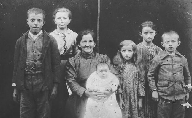 Marcella Casagranda da Gardolo - anni 1915-16 - priori - anni 1915-16 -  deportata con la famiglia in Moravia (1941-1945)