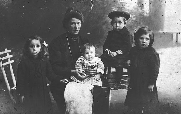 Mamma con 4 figli
