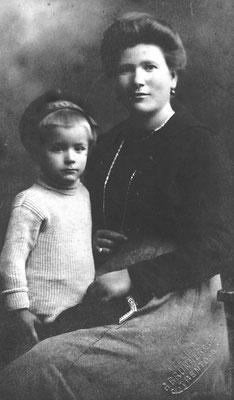 Barbara Bortolotti (Plazido) e il figlio Mario