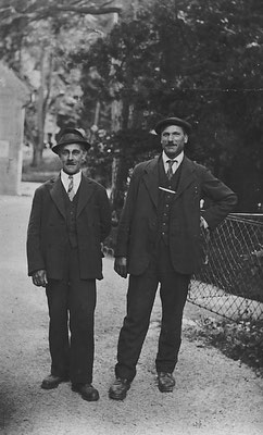 a destra: Ottavio Bortolotti detto Plazido
