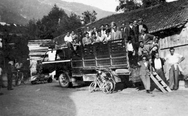 Gita organizzata dalla Banda musicale di Vigo Meano, 1951.