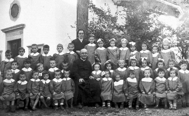 Scuola materna di Vigo Meano, 1947 - 1948.