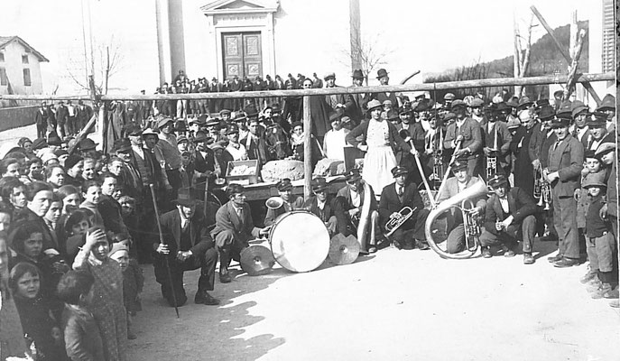 Carnevale di Vigo Meano, 1935.