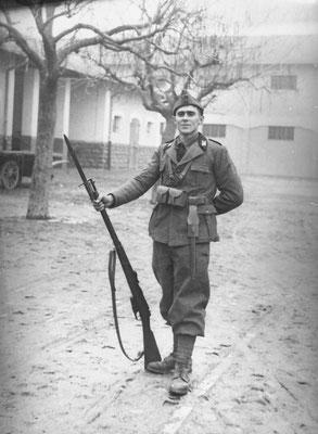 Massimo Saltori, 1942.