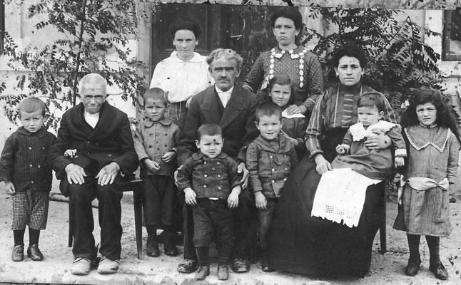 Famiglia di 11 persone