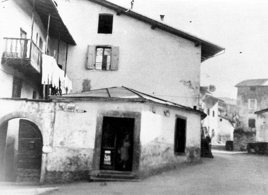 10. Cooperativa di Meano prima dei lavori, 1959. Da Mirko Saltori da Lucia Magotti