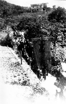 1900. Processione a Vigo Meano