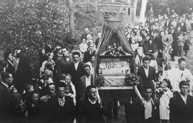 Processione di Maria Bambina