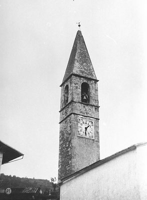1. Campanile della chiesa di Meano, anni '60. Da Carlo Alberto