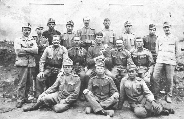 Gruppo militari dell'impero Austro-Ungarico con Germano Saltori, 1914-1918. Da Fr. Mi da Clementi Ezio.