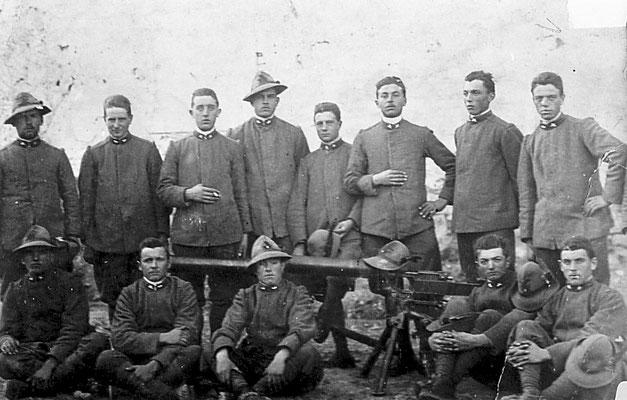 Gruppo militare nella I guerra mondiale, 1915-1918.