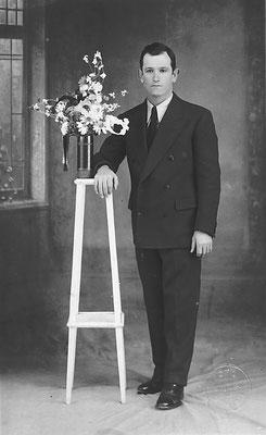 Federico Pisetta (in foto) a Sebastiano Tomasi, dà diamante (Argentina) , 7 agosto 1930.