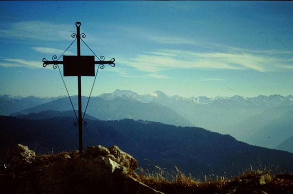 Grünten: Bergkreuz und Allgäuer Alpen
