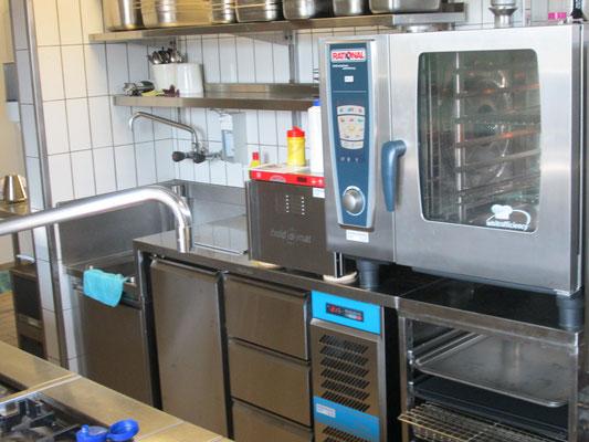 Rational SCC 61 und CoolCompact Kühlmöbel