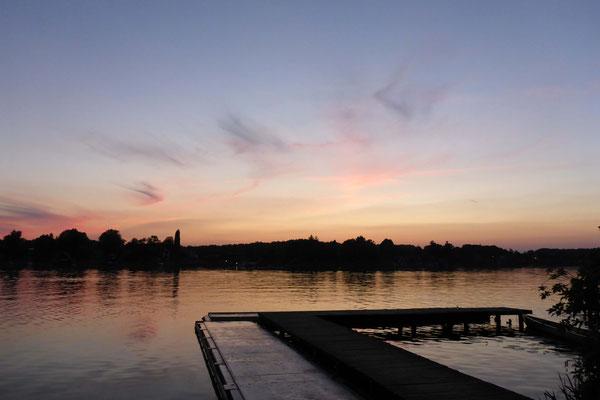 Den schönen Sonnenuntergang