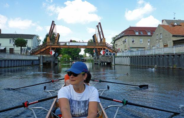 Huch - der war für die Hubbrücke!