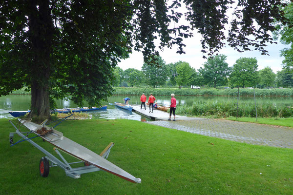 wollen wir die Boote zum morgigen Start rudern.