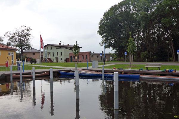 Super Steg im neuen Stadthafen Liebenwalde (Ankunft ca. 18:15 Uhr)