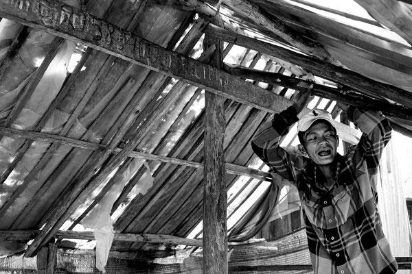 Macchinista del Bamboo Train in pausa_Cambogia 2015