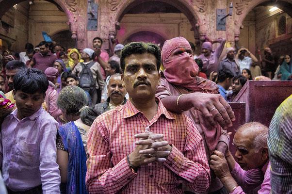 Holi in Shri Bankey Bihari Mandir _ Mathura _ India 2016